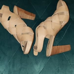 Lucky Brand Pexx Sunstroke leather sandals